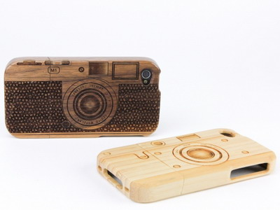 �������� ������ ��� iPhone �� ������ � �������� ����������� �Wood Camera iPhone 4 Case�