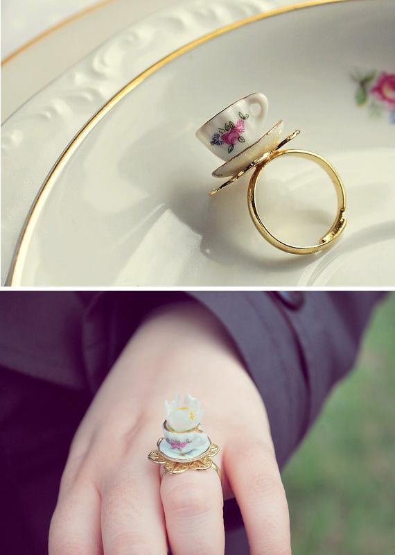 Кольцо в форме чайной чашки «Teacup Ring»
