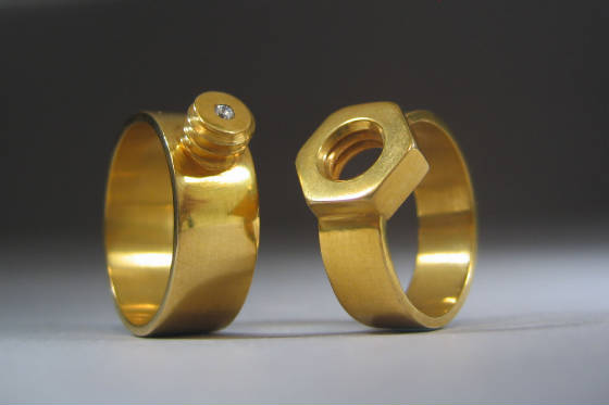 ������ ����� � ���� �Nut and Bolt Rings�