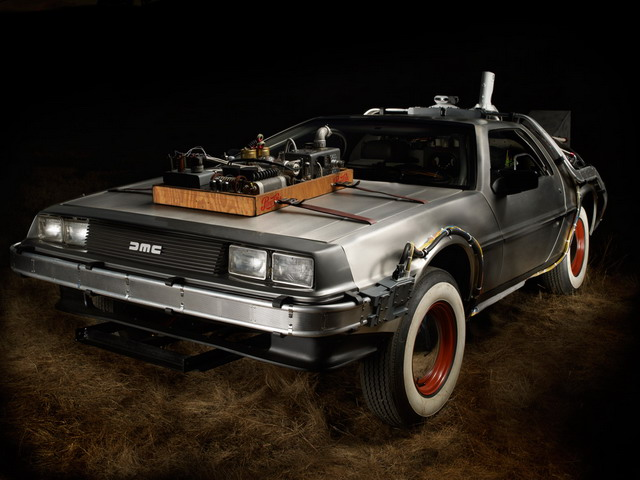 Автомобиль «DeLorean» из фильма «Назад в будущее» выставлен на аукцион
