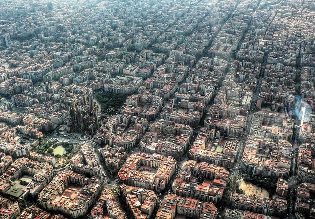Район Эшампле (Барселона) с высоты птичьего полета.