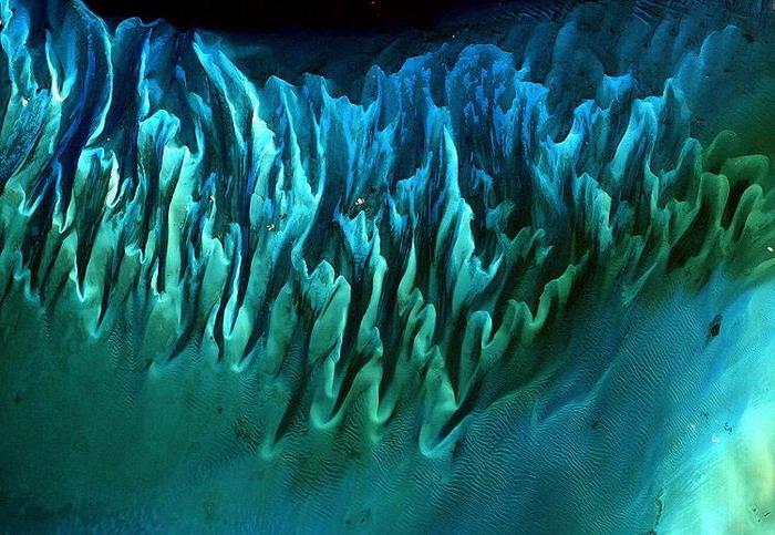 Песок на дне океана, Багамские острова