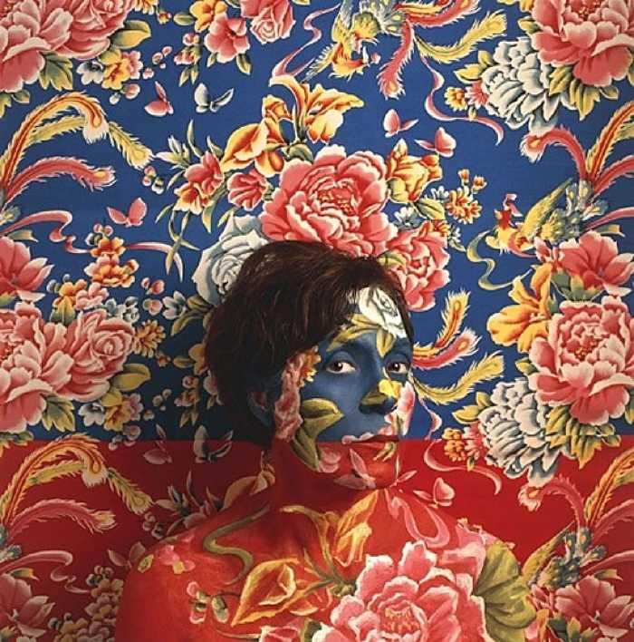 Исчезающий художник Сесилия Паредес (Cecilia Paredes)