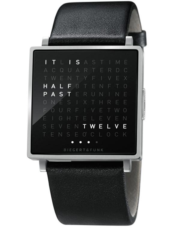 Часы «QLOCKTWO W» показывают время словами