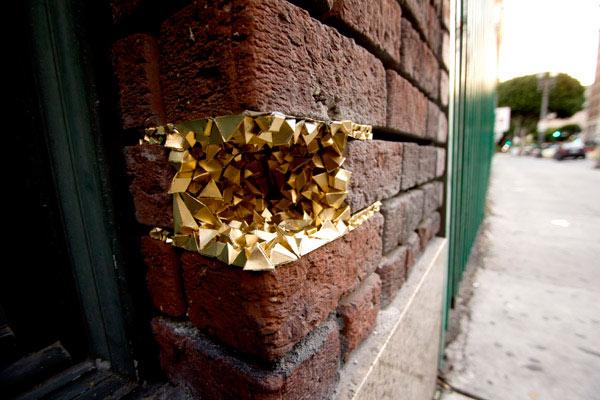Проект «Кристаллическое вдохновение» на улицах Лос-Анджелеса