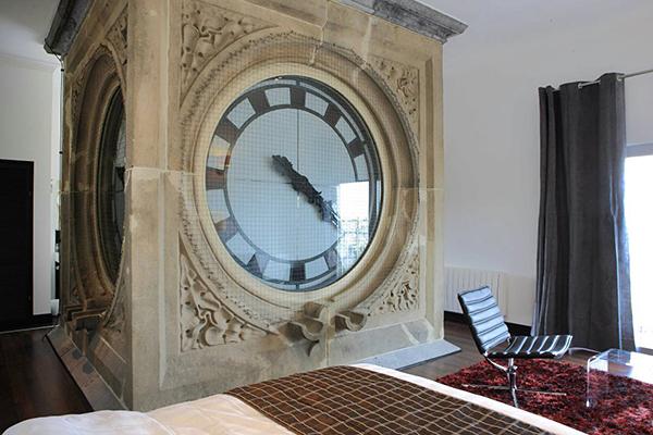 Наедине со временем в номере «Clock Tower Hotel»
