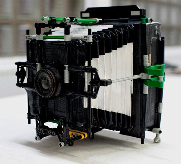 Самодельная камера из картона, липкой ленты и конструктора LEGO