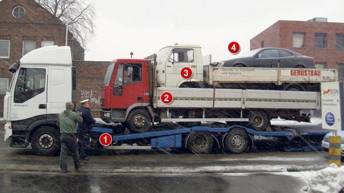 Попытка транспортировки трех автомобилей была сорвана полицейским