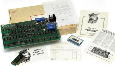 Продан один из самых первых экземпляров компьютера «Apple-1»