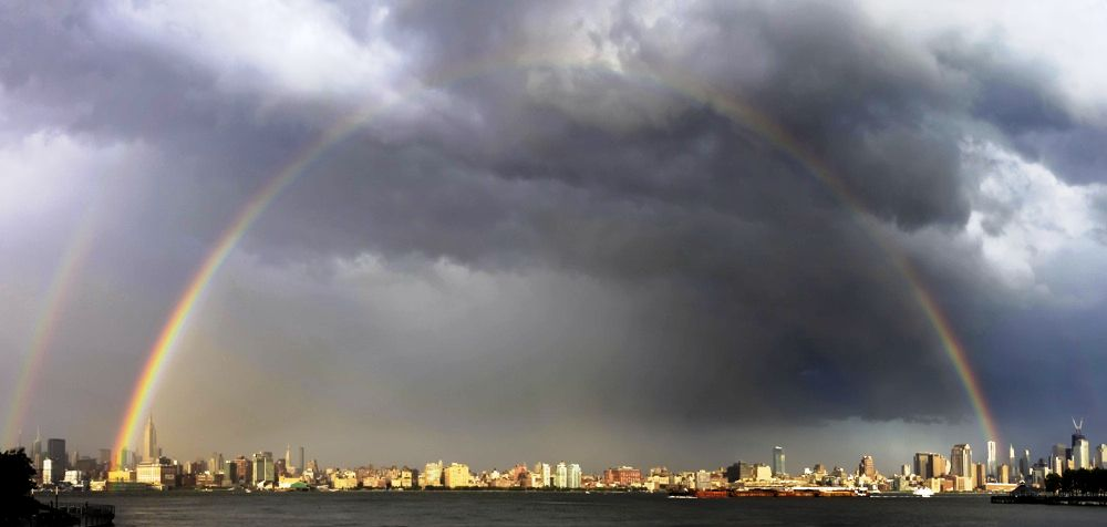Двойная радуга над Нью-Йорком (New York City), США