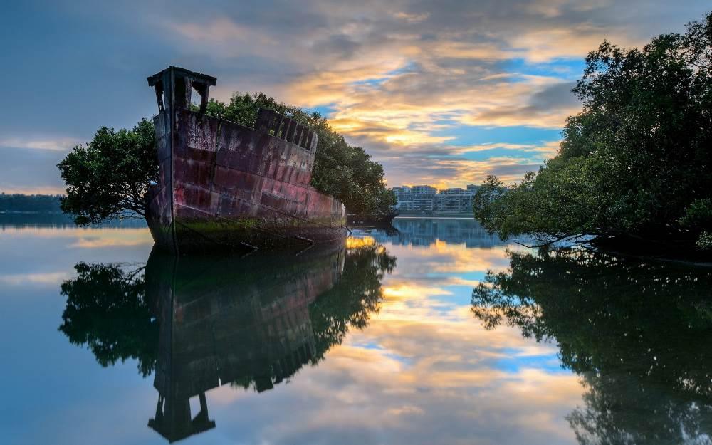 Корабль – остров, Австралия