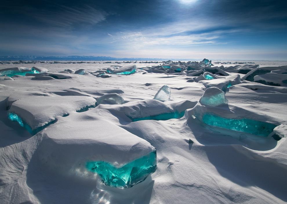 Ледяные драгоценности, озеро Байкал, Россия