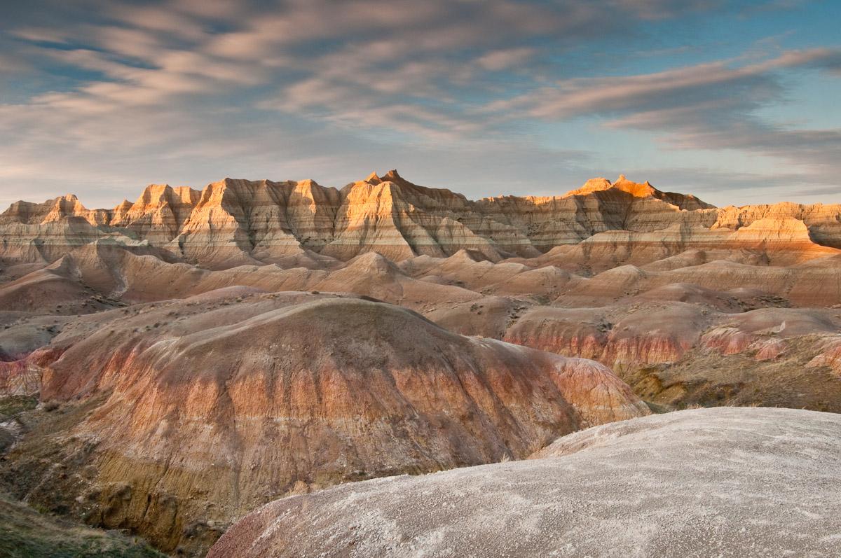 «Дурные Земли» Национального парка Бэдлендс (Badlands National Park), Южная Дакота, США
