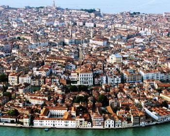 Вид на Венецию с высоты птичьего полёта