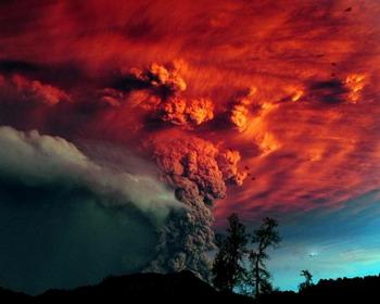 Извержение вулкана Пуйеуэ (Чили, 2011 год)