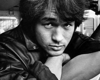 50-летие со дня рождения легендарного рок-певца и лидера группы «Кино» Виктора Робертовича Цоя (1962-1990)