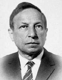Вениамин Александрович Каверин (настоящая фамилия — Зильбер, Veniamin Aleksandrovich Kaverin)