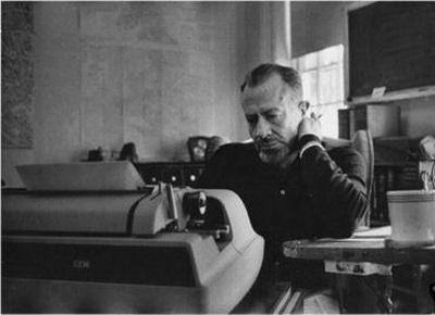 ���� ����� �������� (����. John Ernst Steinbeck, Jr)