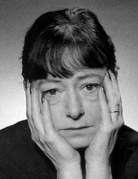 Дороти Паркер (настоящая фамилия Ротшильд) (англ. Dorothy Parker, aka Dottie, born Rothschild)