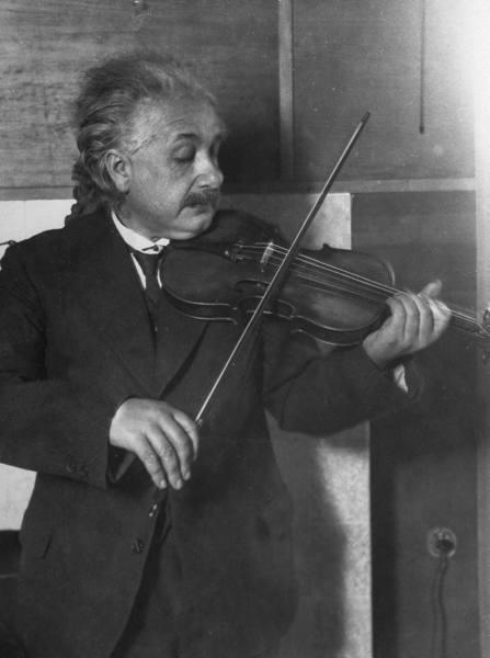Альберт Эйнштейн - полная биография