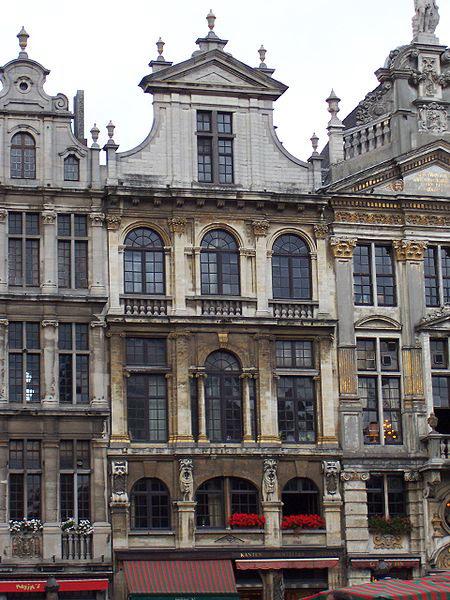 Дом в Брюсселе, где жил Гюго-эмигрант